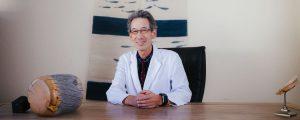 Die Akupunktur ermöglicht es mir, mit sehr einfachen Materialien Patienten mit den unterschiedlichsten Krankheiten zu behandeln.